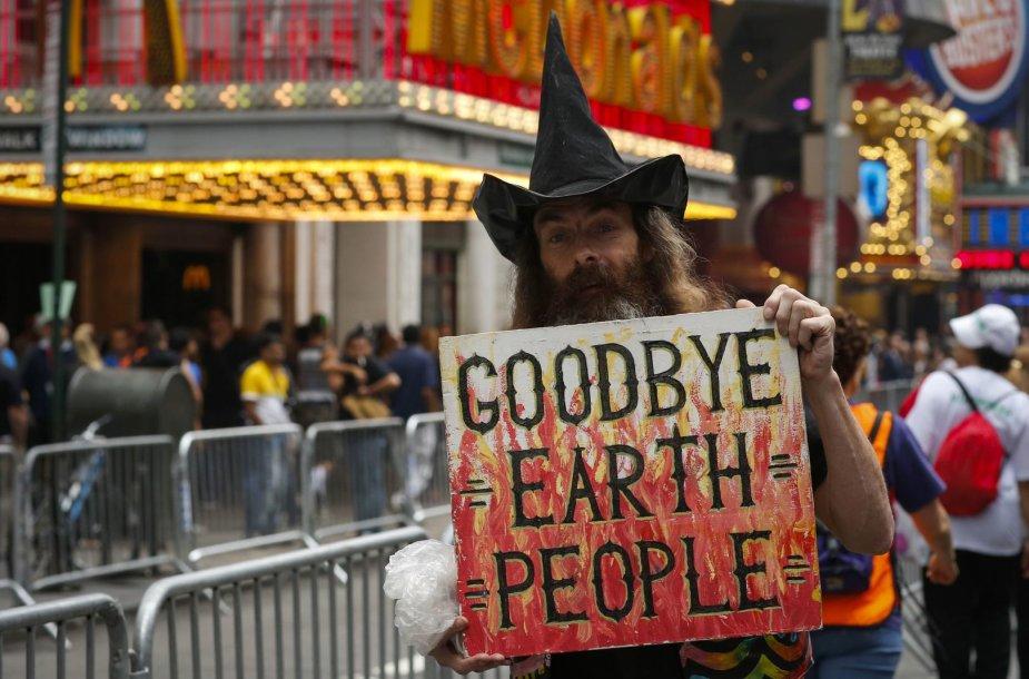 """""""Žmonių klimatas"""" – eisena Niujorke"""