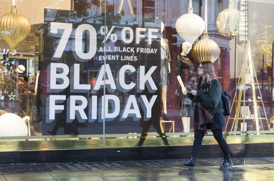 Juodasis penktadienis pasaulio prekybos centruose