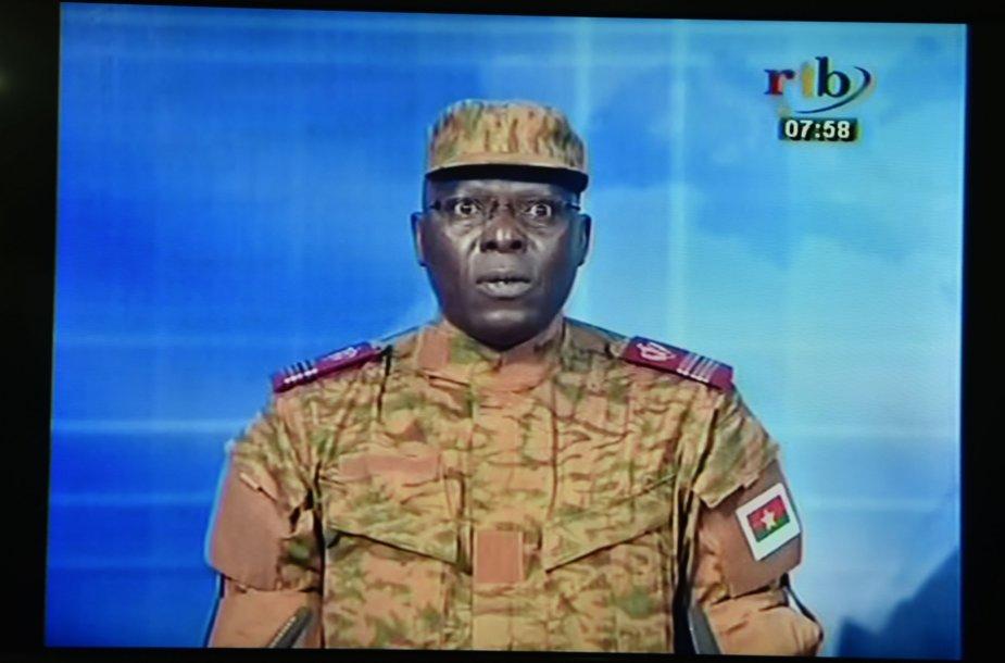 Burkina Fase prezidento gvardijos nariai sulaikė prezidentą, premjerą ir du ministrus