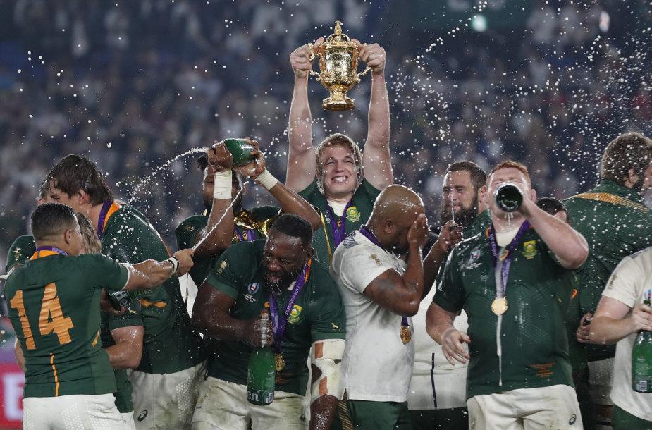 Pietų Afrikos rinktinė regbio pasaulio čempionato finale įveikė Angliją ir laimėjo titulą.