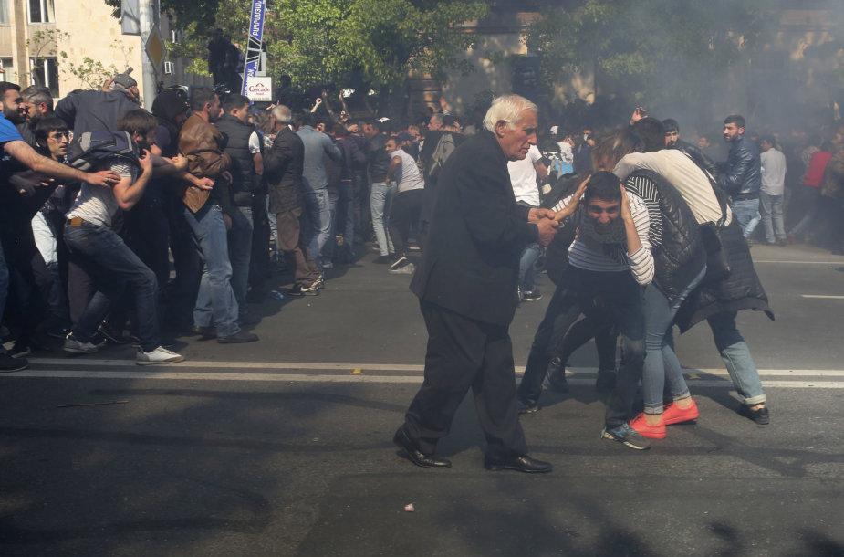 Protestai ir neramumai Armėnijoje