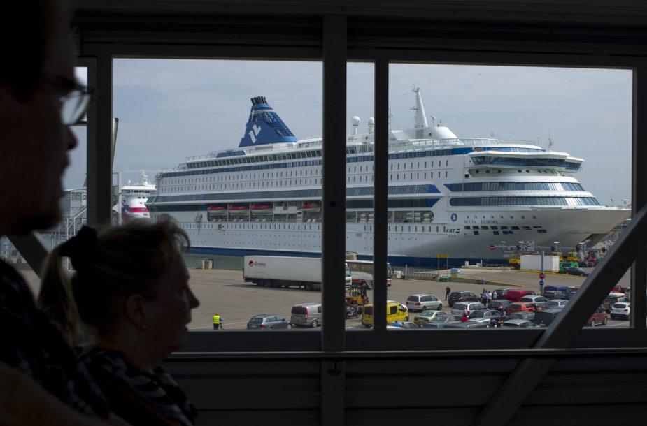 Kruizinis laivas Talino uoste