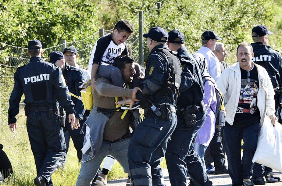 Migrantai Danijoje susiduria su policijos pareigūnais