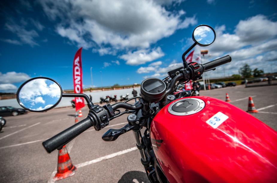 """""""Honda"""" motociklų bandymų dienos"""