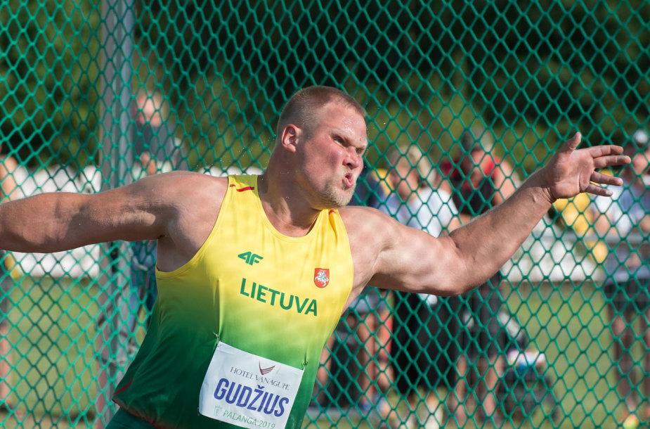 Andrius Gudžius padėjo laimėti Algredui Pliadžiui antrą vietą.