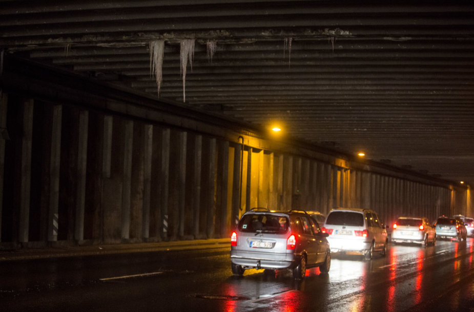 Varverkliai Geležinio vilko tunelyje