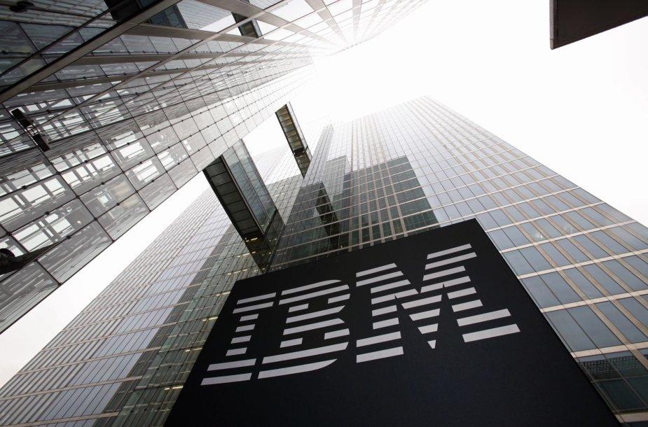 """BMW ateities automobilius kurs pasitelkusi IBM """"Watson"""" dirbtinį intelektą"""