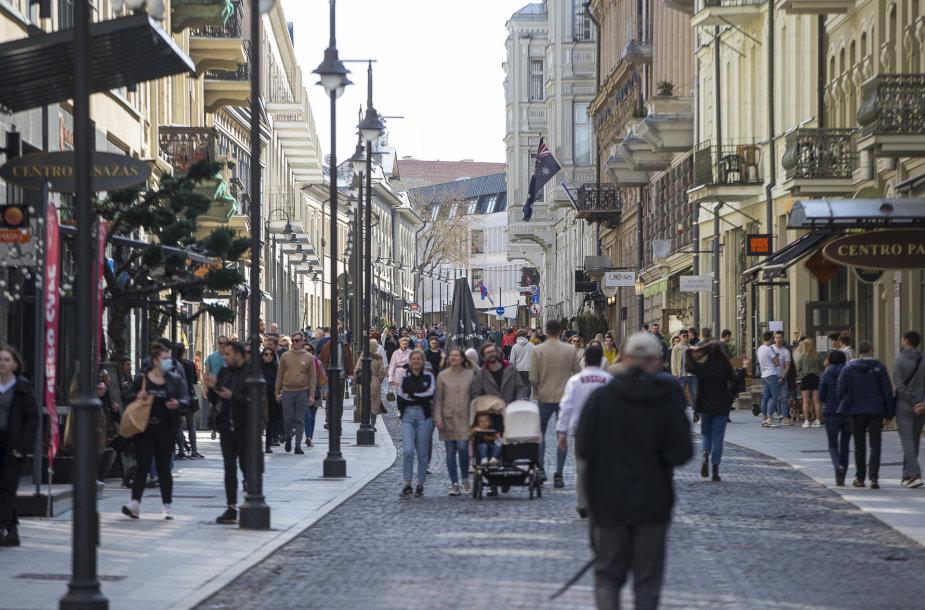 Saulėta sekmadienio popietė Vilniaus centre