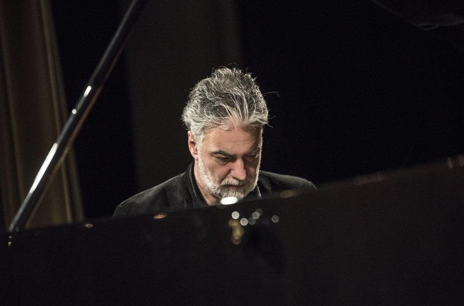 """Petro Geniušo skambinamas Beethoveno """"Imperatoriškasis"""" koncertas"""