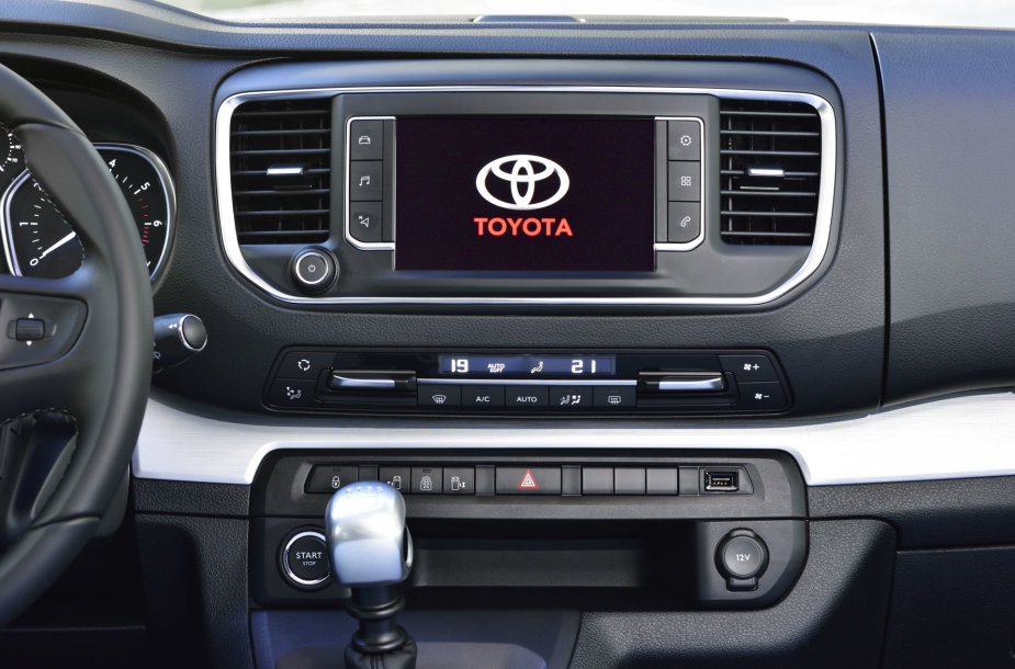 """Toyota Proace"""