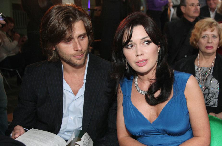 Anastasija Zavorotniuk su vyru Peteriu Chernyshyovu