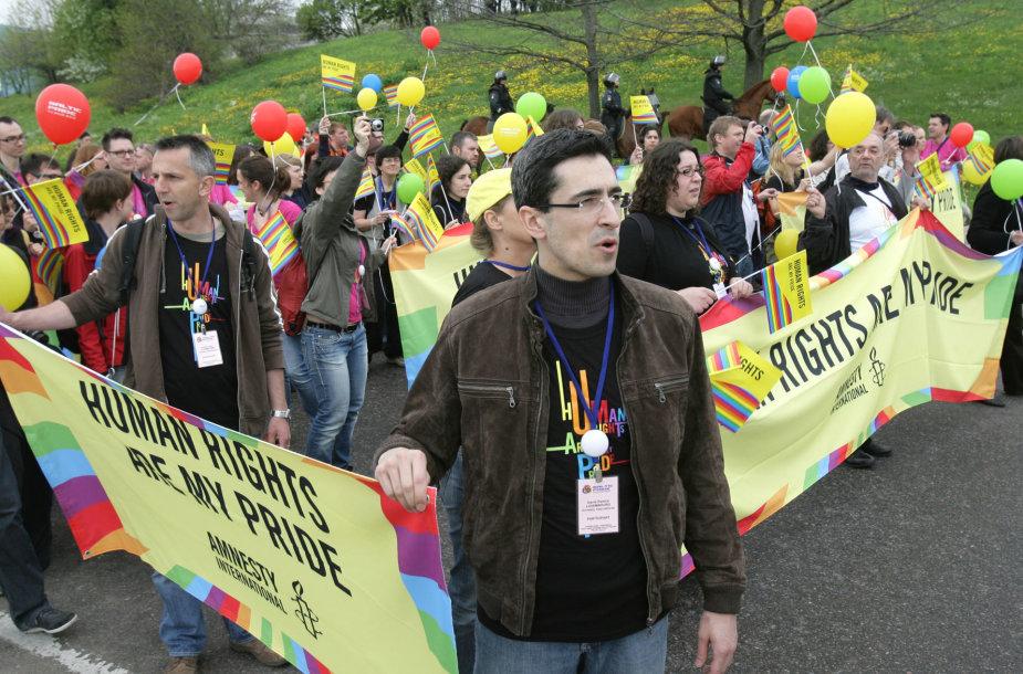"""Pirmosios """"Baltic Pride"""" eitynės Vilniuje 2010 metais"""