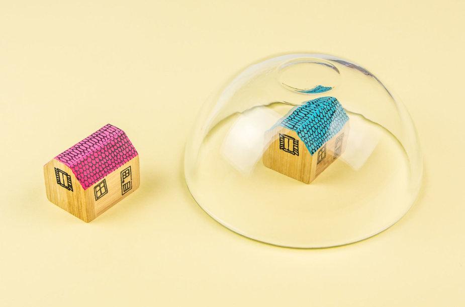 """""""Nusiraminkite, nėra jokio nekilnojamojo turto burbulo"""", - skelbia reklama Dubajuje"""