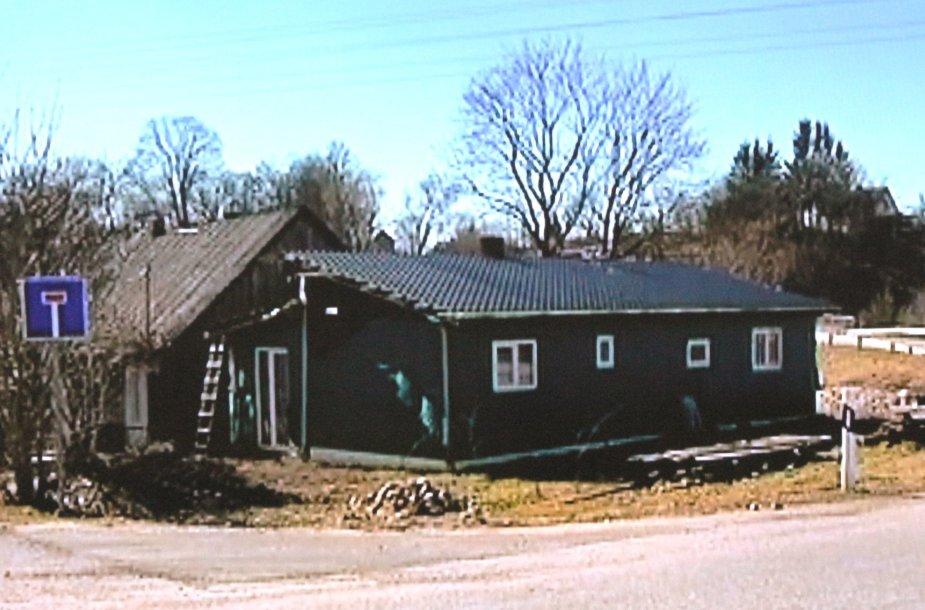 Teismuose daugiavaikė motina atsidūrė dėl šio namelio.
