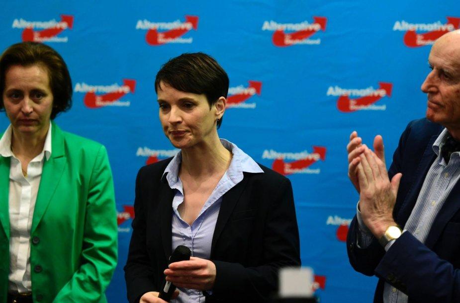 Beatrix von Storch, Frauke Petry ir Ronaldas Glaese