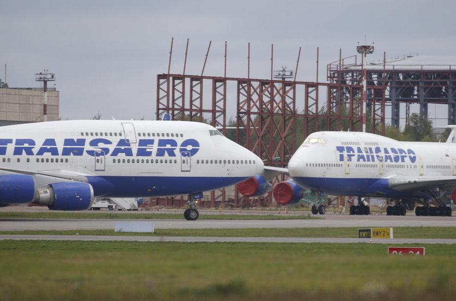 """""""Transaero"""" lėktuvai Maskvos Vnukovo oro uoste"""