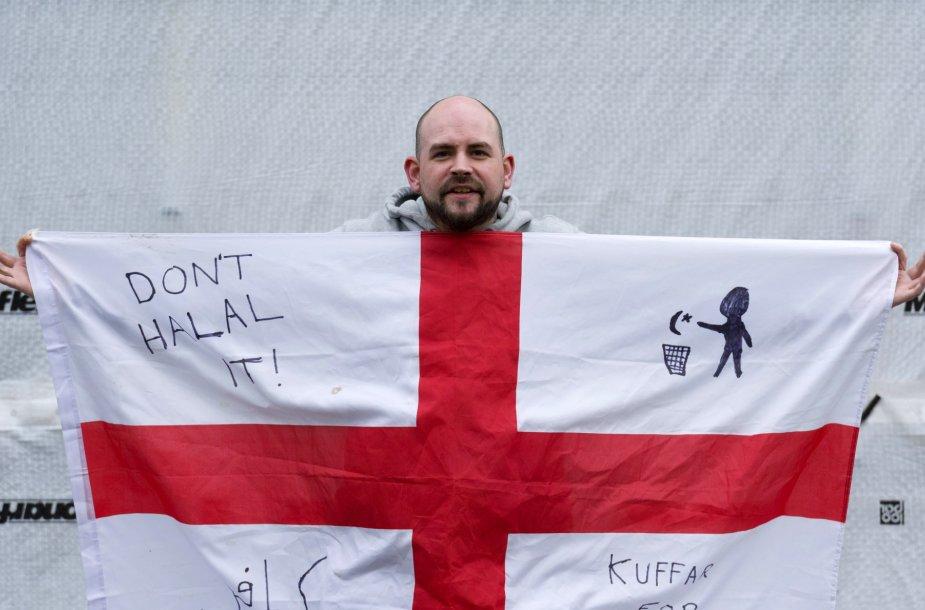Londone vykęs protestas prieš islamo plitimą Europoje