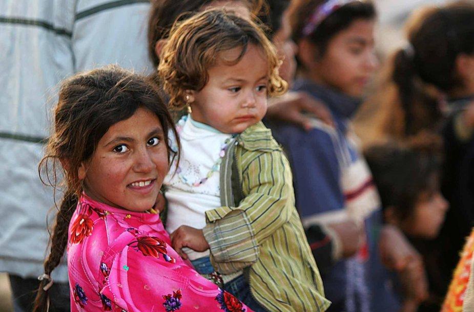 Britai renka lėšas, kad pabėgėliai gautų tinkamo maisto.