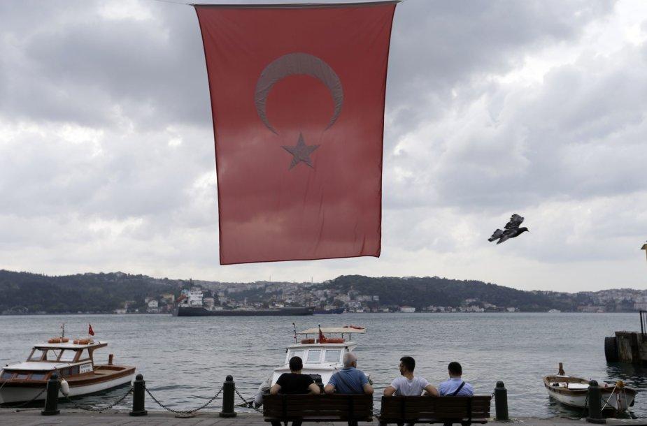 Gyvenimas Stambule po neįvykusio perversmo Turkijoje