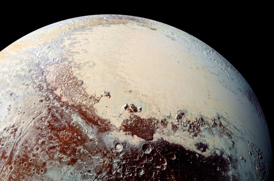 Naujausia Plutono nuotrauka