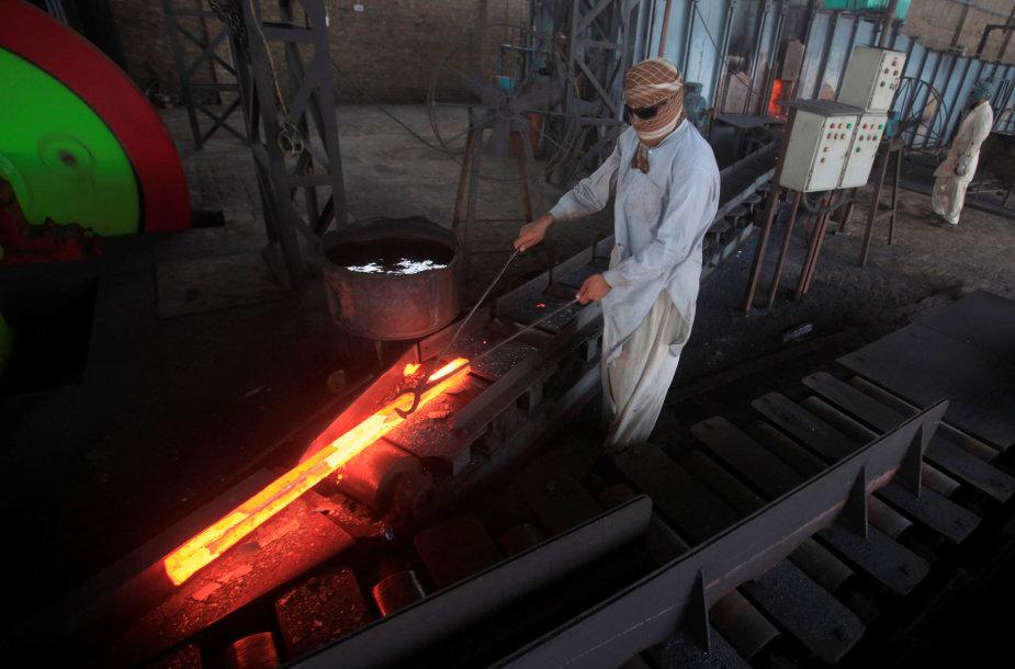 Plieno gamyba