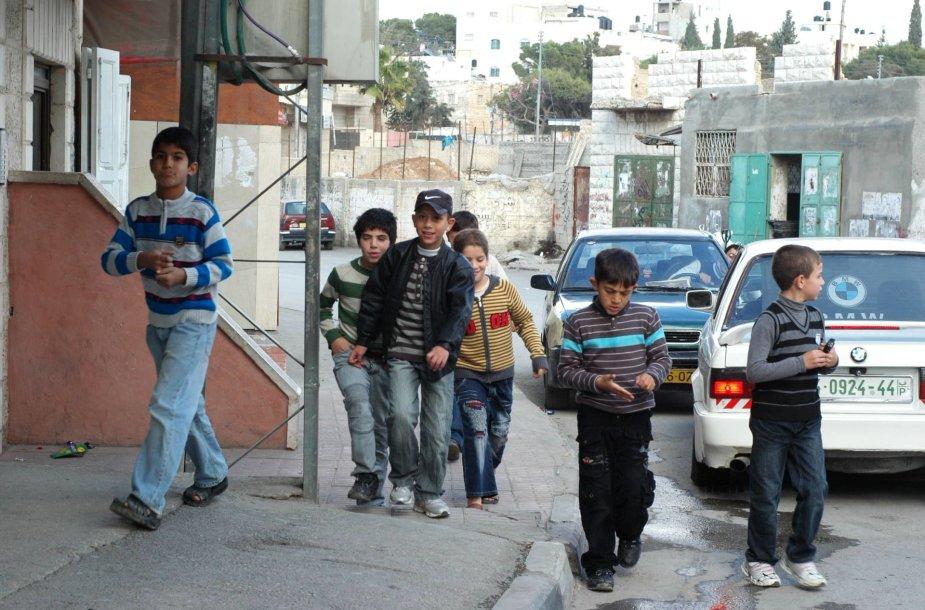 Aidos stovyklos vaikai.