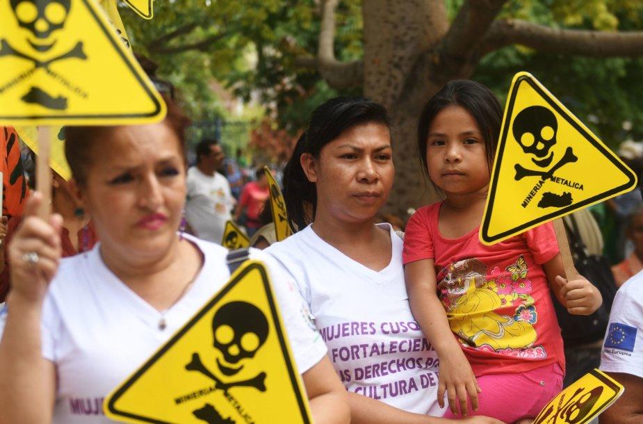 Salvadoro Kongresas uždraugė metalų kasybą šalyje