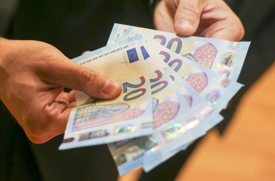 Lietuvos bankas pristatė naują 20 eurų banknotą