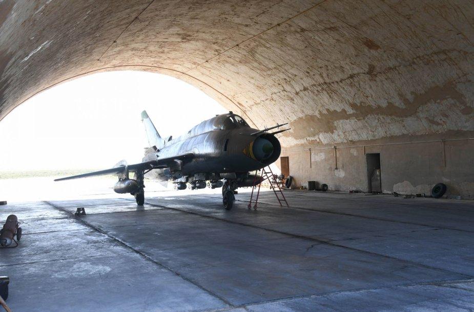 Karo lėktuvas Šairato bazėje