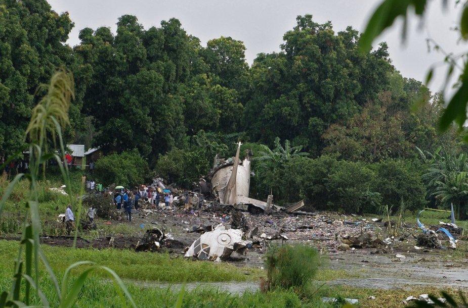 Pietų Sudane sudužo krovininis lėktuvas