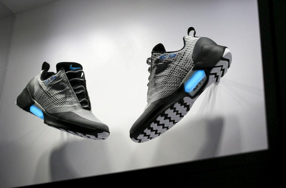 """Išmanūs batai """"Nike"""" HYPERADAPT"""