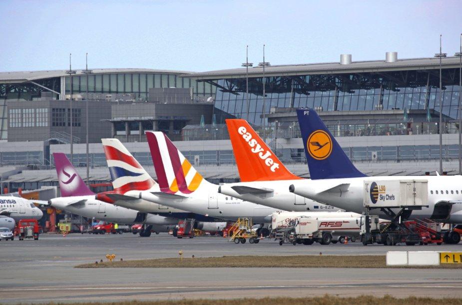 Hamburgo oro uostas įkurtas viduryje miesto
