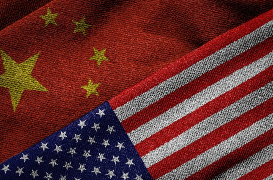 Kinijos ir JAV vėliavos