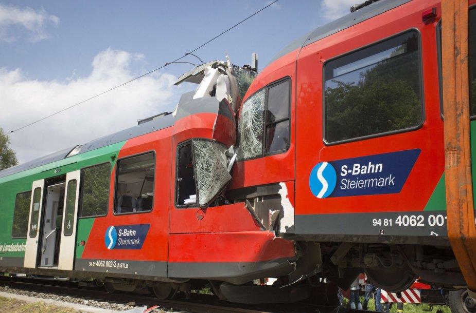 Traukinių susidūrimas Austrijoje.
