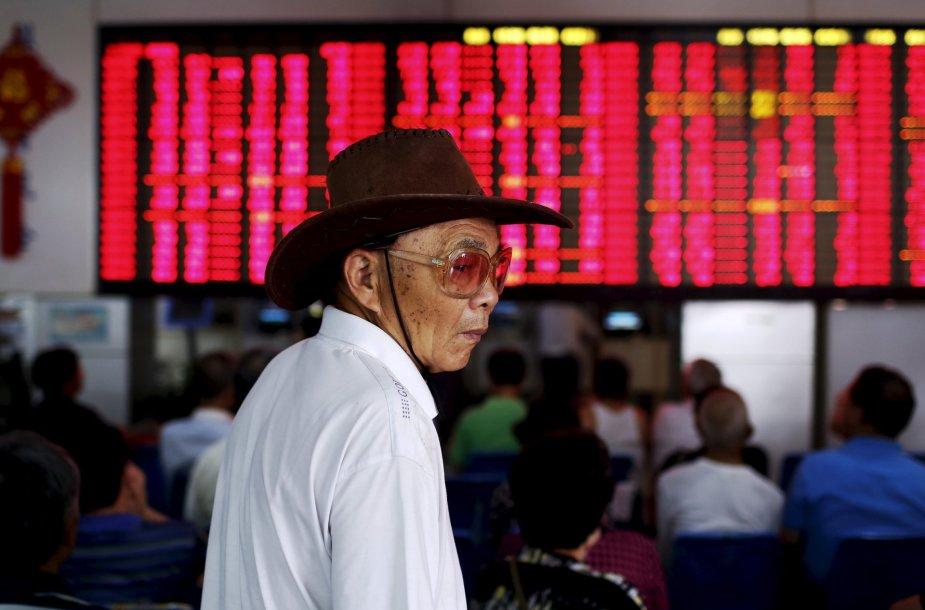 73 metų Tang Youyu akcijų biržose prarado beveik pusę savo turto, bet dar tikisi juos atgauti toliau investuojant