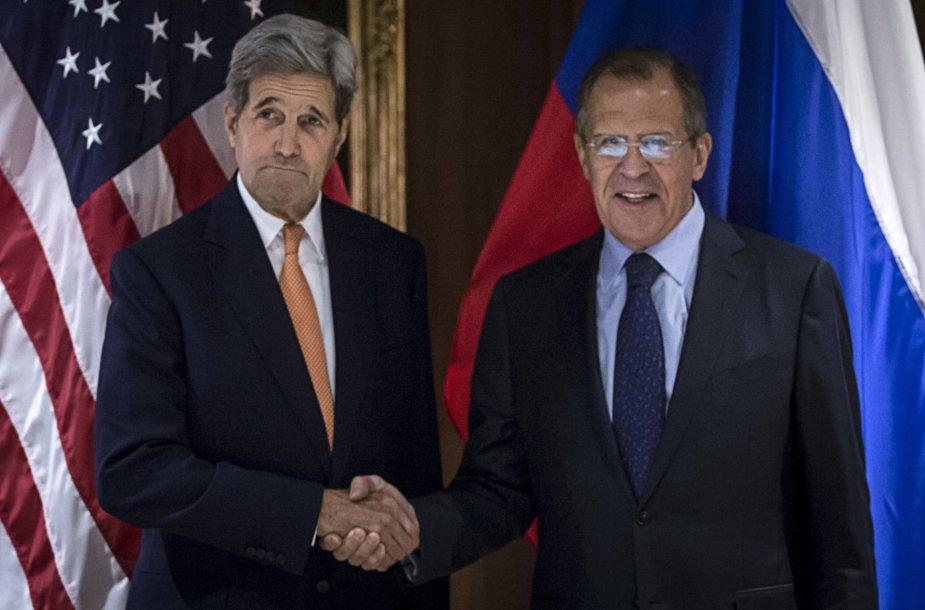 Vienoje prasidėjo Rusijos, JAV, Turkijos ir Saudo Arabijos derybos dėl Sirijos