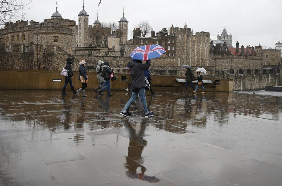 Baimė, kad po BREXIT Didžiojoje Britanijoje padaugės bedarbių, nepasiteisino.