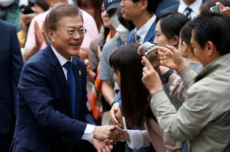 Naujasis Pietų Korėjos prezidentas Moon Jae-inas