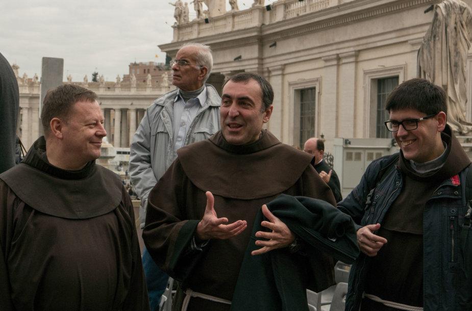 Brolis Algirdas Romoje