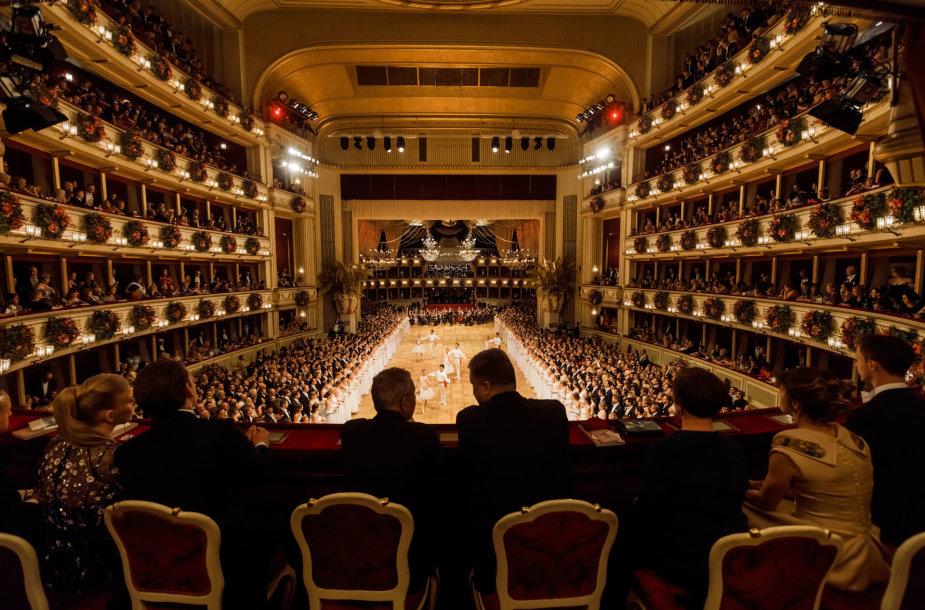 Opera Vienos pokylio metu
