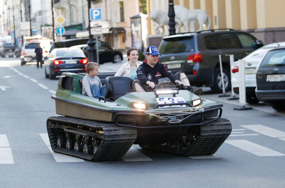 """Ladoga 2015"" starto pakyla"