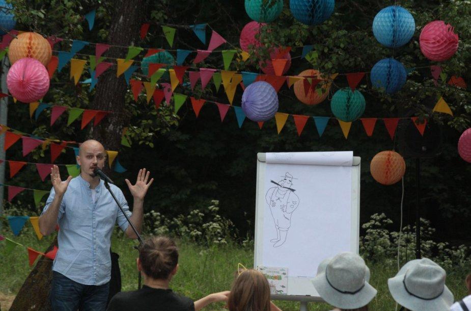 """Vaikų ir jaunimo literatūros festivalis """"Nuotykiai tęsiasi!"""""""