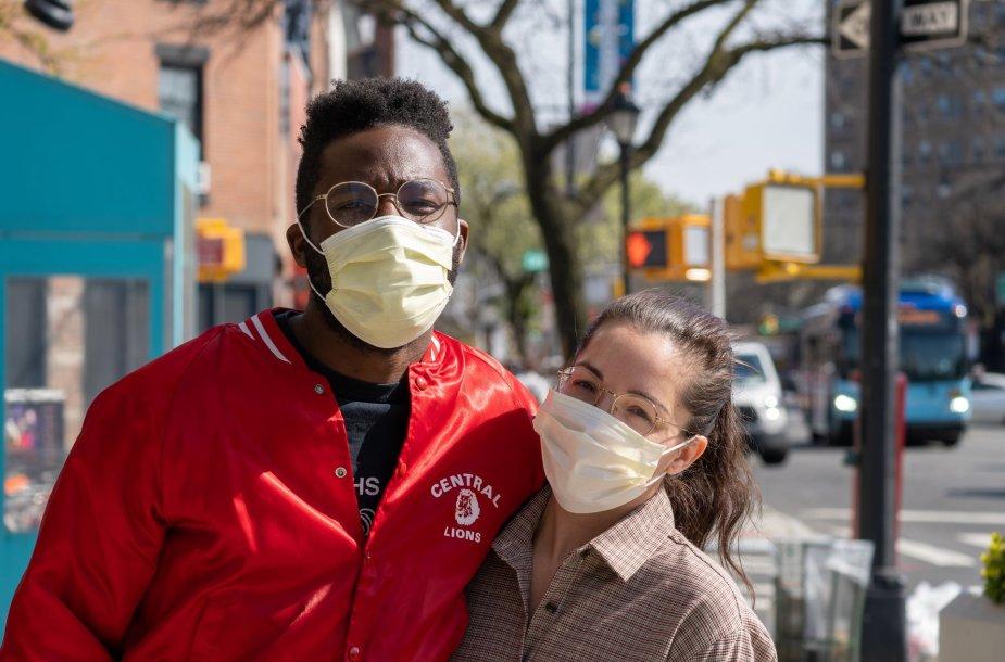 Niujorkiečiai su kaukėmis