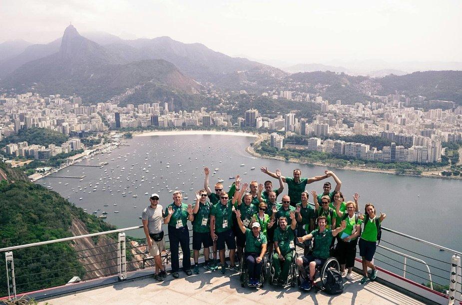 Lietuvos parolimpiečiai Rio de Žaneire ant cukraus kalno