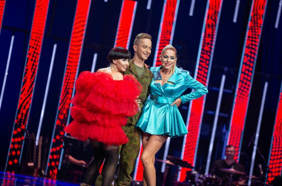 Laurynas Sičiūnas, Monique, Monika Liu