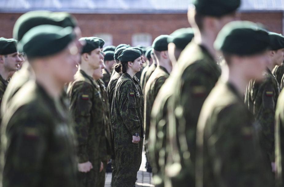 Išleistuvės Inžinerijos batalione Kaune