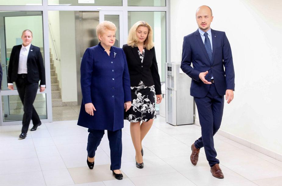 "Prezidentė Dalia Grybauskaitė lankosi ""Transparency school"" stovykloje"