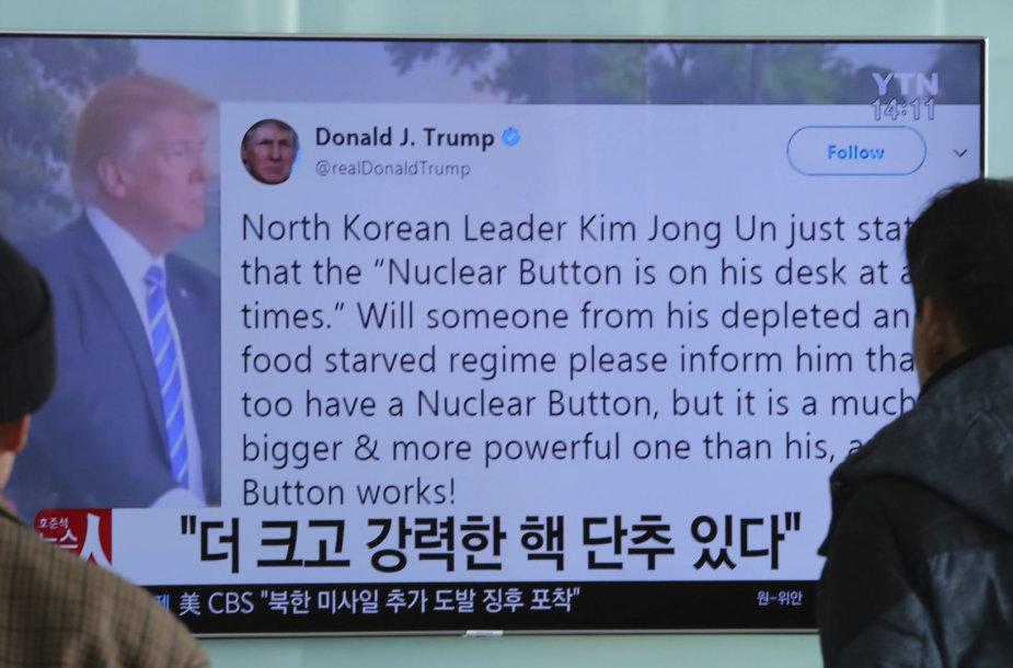 """D.Trumpas diplomatiją vykdo tinkle """"Twitter"""""""
