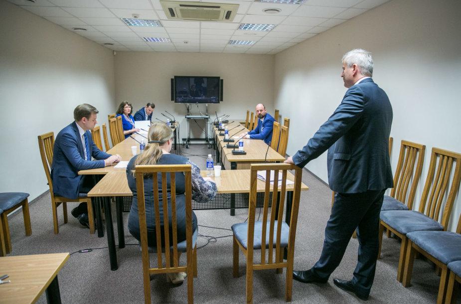 Specialiosios tyrimo komisijos posėdis del Seimo nario Mindaugo Basčio