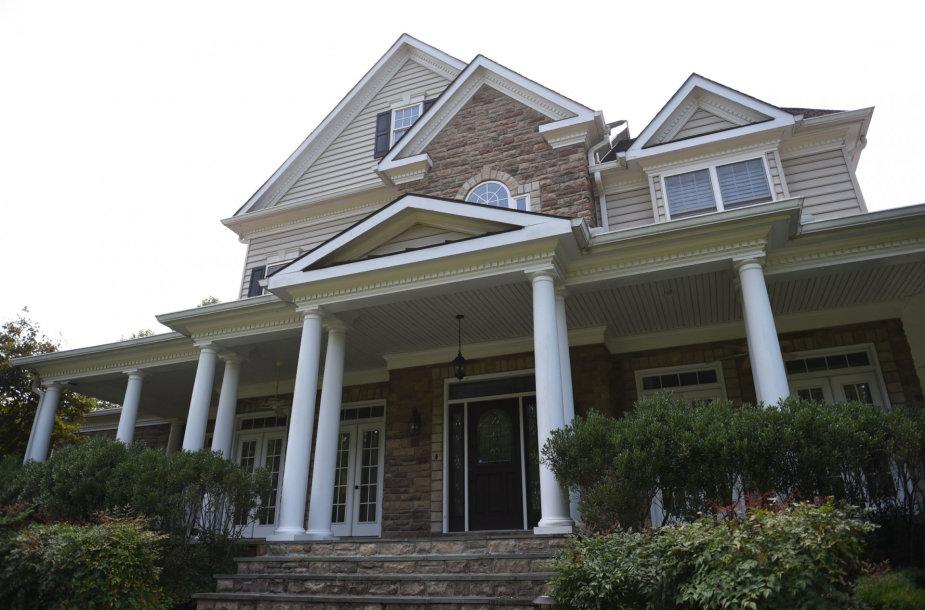 Namas JAV Virdžinijos valstijoje, kurį atvykusi į šale įsigijo Smolenkovų šeima
